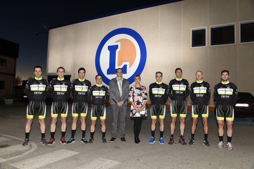 E.leclerc Soria con el equipo ciclista E.Leclerc Soria cycling team